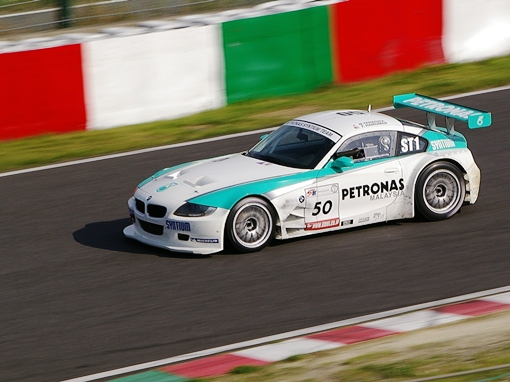 PETRONAS RACING BMW Z4 Coupe 柳田真孝/Fariqe Hairuman組。<br />
