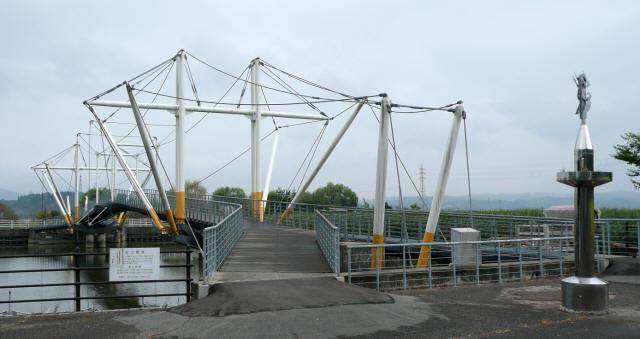 十二町潟横断橋1