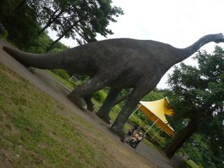 おっきい恐竜と