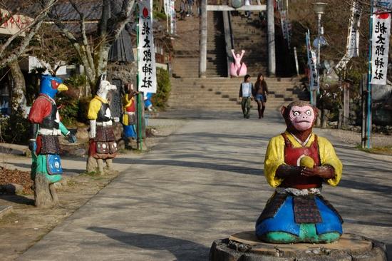 24桃太郎神社