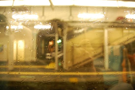 13雨ガラス