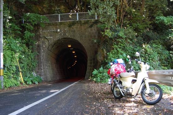 15線路トンネル
