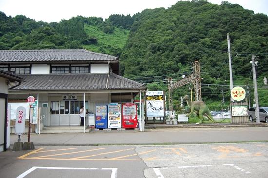 01勝山駅