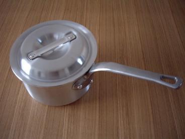 アルミ片手鍋