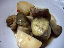 里芋・茄子・蕪・鶏のうま煮
