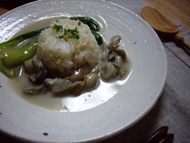 牡蠣と青梗菜・舞茸のクリーム煮