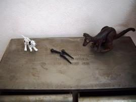 銅製カンガルー2