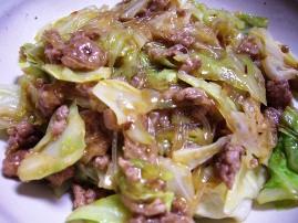 キャベツ・春雨・豚挽肉のピリ辛味噌炒め