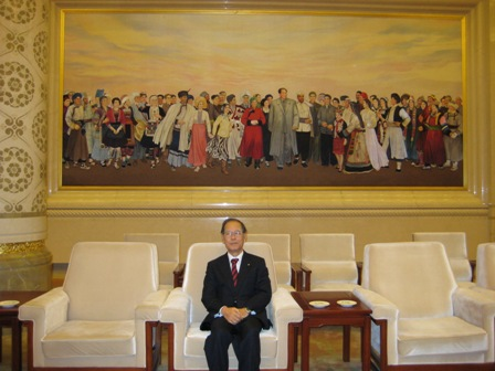 全人代の部屋。巨大な毛沢東の画(全部刺繍)IMG_0209