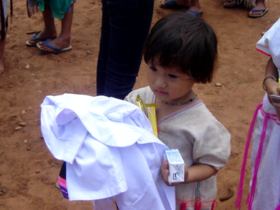 clothes-donate2.jpg