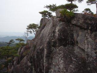 s05岩峰