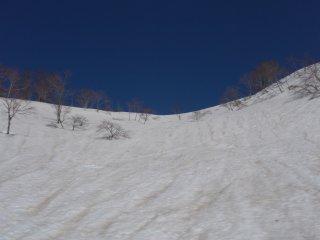 s03青空と急斜面2
