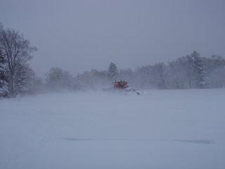 s08雪上車