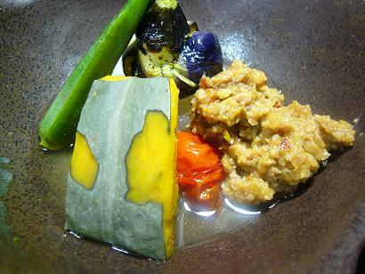 季節野菜の風呂吹き肉味噌かけ1