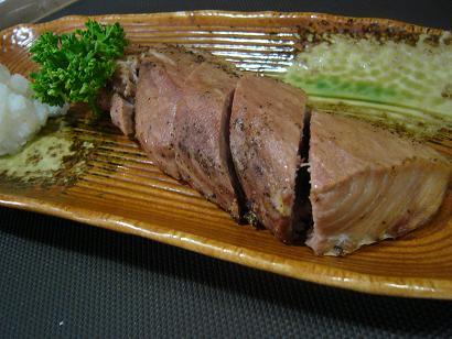 マグロほ肉黒胡椒焼き1 (1)