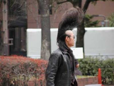 スーパーリーゼントヘアー