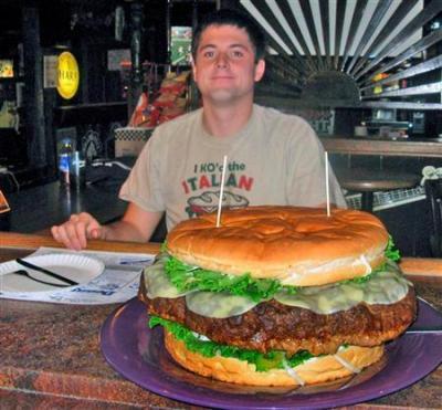 特大ハンバーガー面白画像