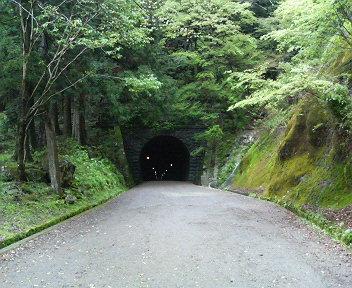 「伊豆の踊り子」:旧天城トンネル-1