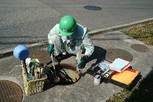浄化槽点検時作業4