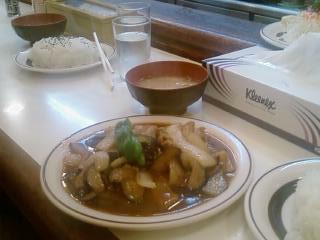都内の焼肉定食屋(おぎ・やはぎが通っている)洋庖丁 デジカメ真画像