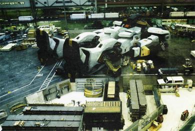 秘密のガンダム製造工場!完全無修正写真画像