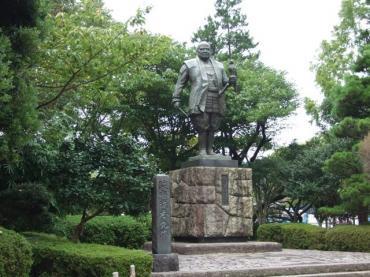 静岡市現場近所の駿府公園で完全修正写真画像