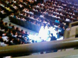 完全無修正盗撮写真:アグネス・チャンのコンサート状況