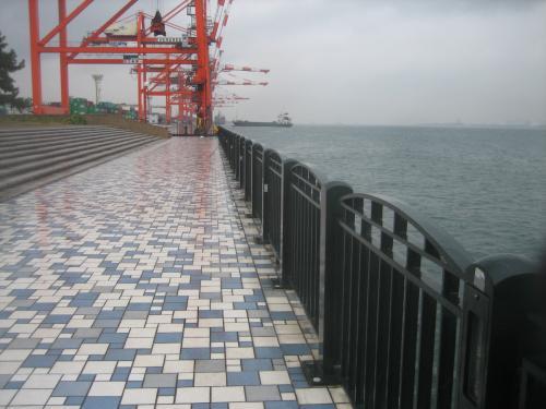 青海南ふ頭公園 左側