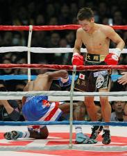 長谷川、一回TKOで勝ち8連続防衛