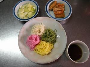 4色の素麺「紫蘇・抹茶・玉子・そのまま』、綺麗で食欲が増します!2