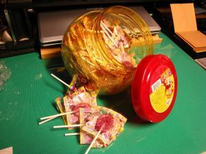 FUJIYA・不二家 ポップ・キャンディー(グレープ、オレンジ、ピーチ、ストロベリー・歯に優しい緑茶ポリフェノール入り・72本)3