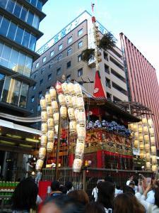 京都・祇園祭2009、宵々山・歩行者天国、「函谷鉾」2