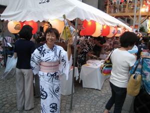 京都・祇園祭2009、宵々山・歩行者天国、菊水鉾町の賑わい2