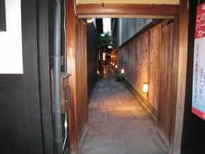 京都・祇園祭2009、宵々山・歩行者天国、山鉾町「町家・商家の路地」