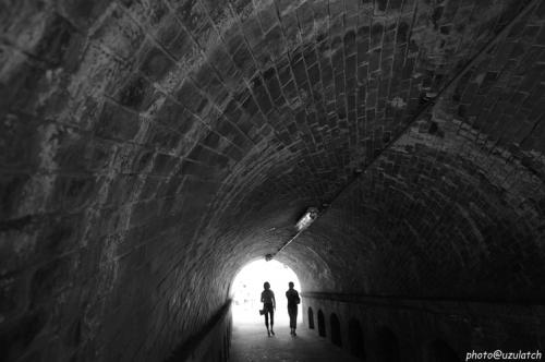 トンネルmono