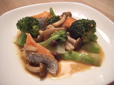 鮭のマヨポン酢炒め