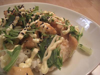 鶏のさっぱり煮マヨネーズ丼