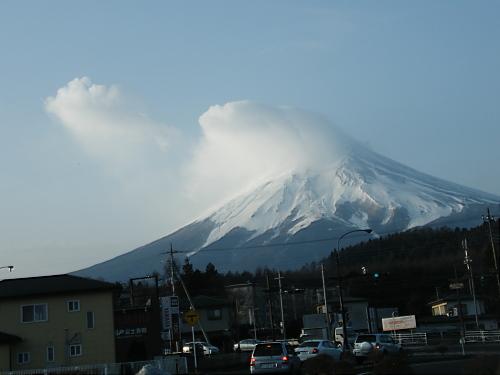 車で富士山