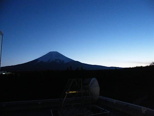 レーダードームの富士