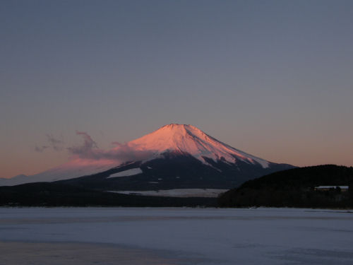 紅富士の幕開け