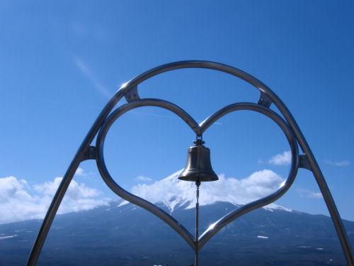 天上の鐘を全ての人々に