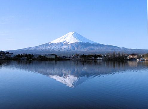 産屋ヶ崎の逆さ富士