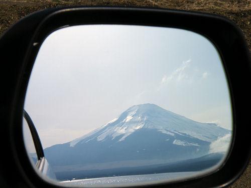 この車も富士山ナンバーだ!