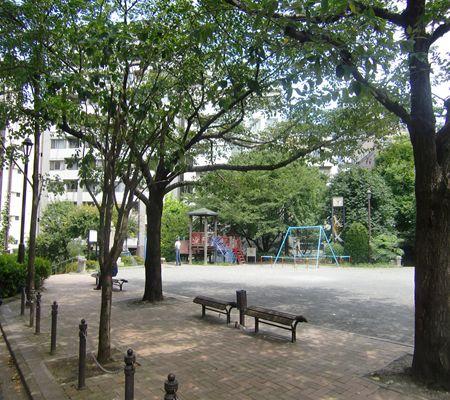 miyamoto park chiyoda ku 20090720 02_R