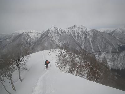 下山途中から足拍子