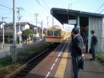 花見駅に到着した365号