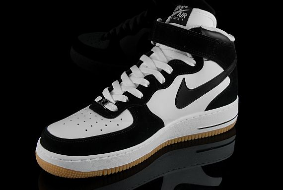 nike air force 1 mid black white gum