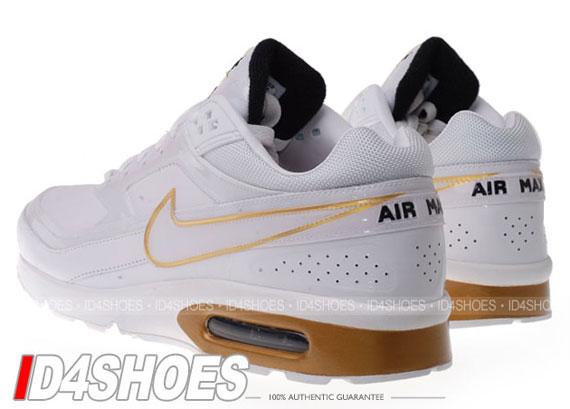 Nike Air Max Classic Goud
