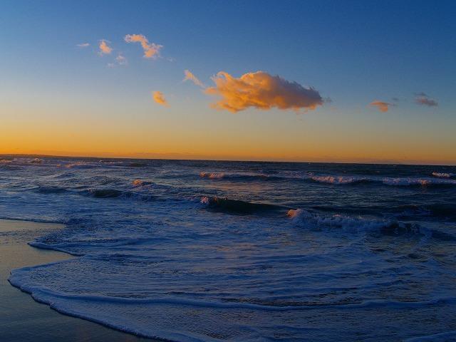 稲村海の雲