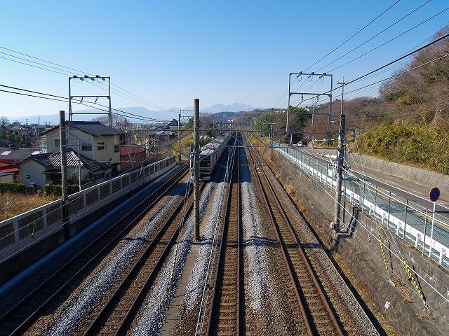 東海道線高架歩道
